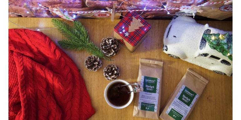 Zima, czyli ciepły kocyk, dobra książka i ... rozgrzewająca herbata!